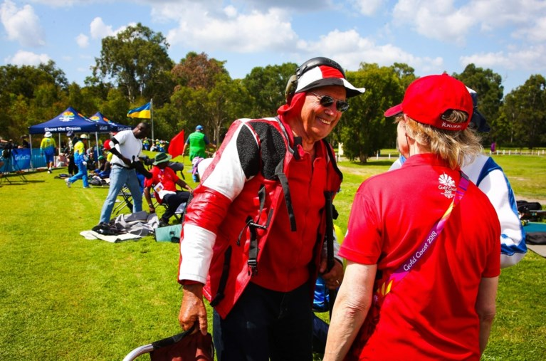 Je bent nooit te oud om aan (top)sport te doen: 79-jarige viert debuut op Commonwealth Games