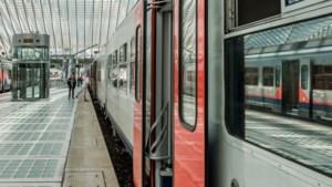 Zes keer meer meldingen over bedelaars op treinen
