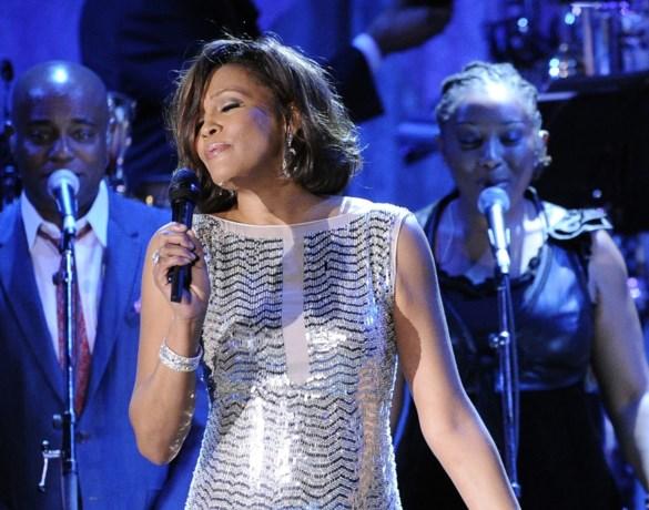 Whitney Houston werd als kind seksueel misbruikt