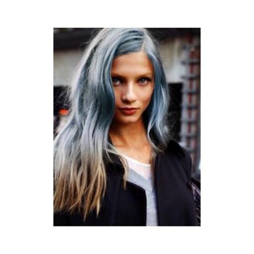 Na roze en oranje valt Hollywood voor blauw haar