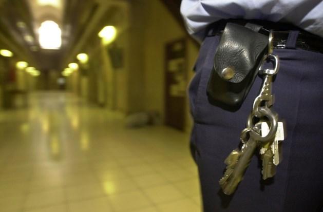 Zowel in Vlaanderen als in Wallonië is deel van personeel in gevangenissen niet aan het werk