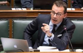 """De Wever: """"Vrees dat de Arcospaarders hun geld niet gaan terugkrijgen"""""""