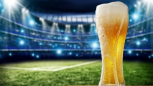 """UEFA laat alcoholverkoop toe in stadions: """"Einde van tweeklassenmaatschappij"""""""