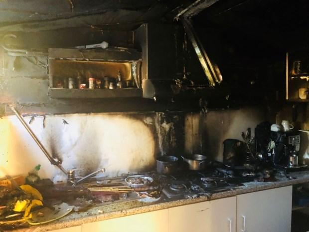 Brand in caravan op Heidestrand: bewoner naar ziekenhuis