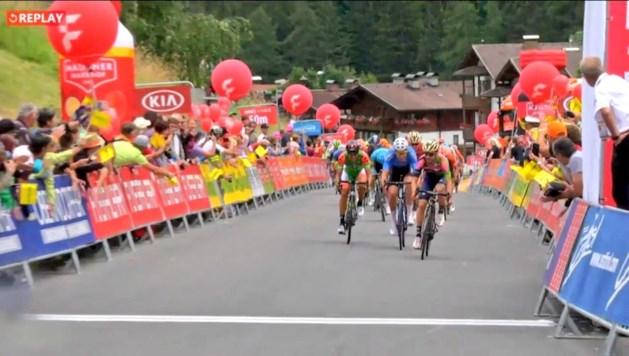 Wout van Aert sprint naar tweede plaats in Oostenrijk