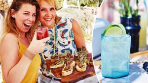 Dit wordt dé cocktail van de zomer - en deze heerlijke hapjes serveer je er bij