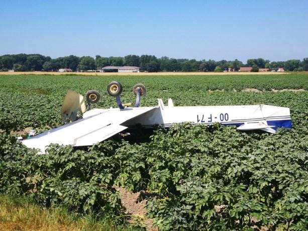 Sportvliegtuigje crasht na landing op luchtmachtbasis Koksijde: twee inzittenden lichtgewond