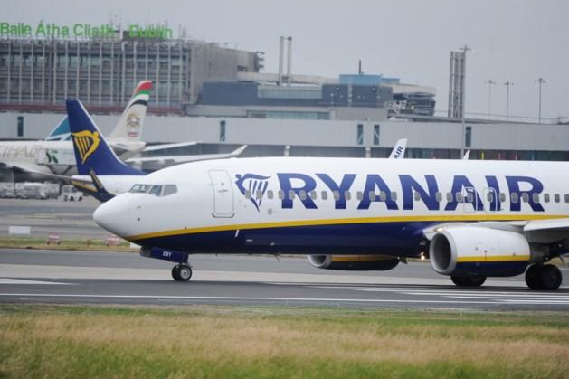 Ryanair-vlucht richting Kroatië onderbroken: 30 passagiers naar ziekenhuis