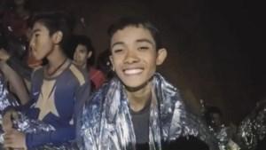 'Telefacts' duikt Thaise voetballertjes achterna