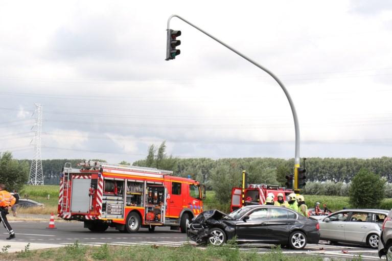 Parket laat vrachtwagenchauffeur die ongeval met 4 doden veroorzaakte vrij onder voorwaarden