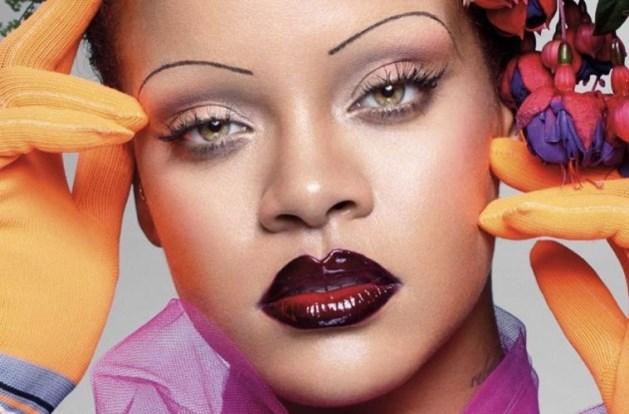 Rihanna schrijft geschiedenis in Britse Vogue