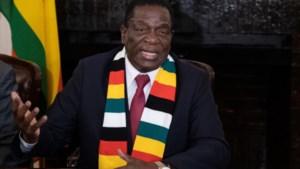 President Zimbabwe volgt zichzelf op
