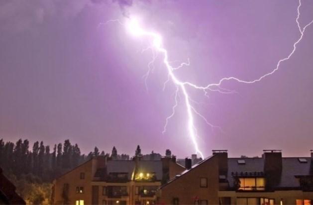 KMI voorspelt lokaal hevig onweer: Noodnummer 1722 actief
