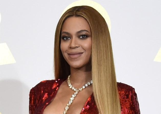 Beyoncé openhartig over zwangerschap en haar 'mama-buikje'