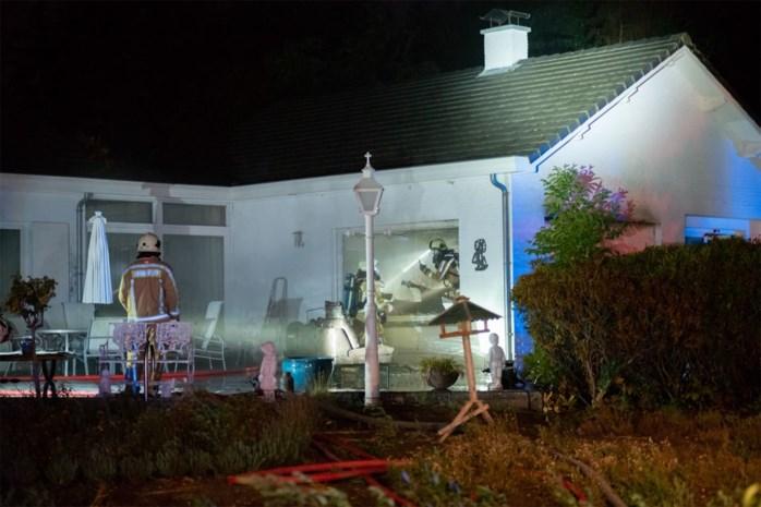 Villa onbewoonbaar na uitslaande brand in Neerharen