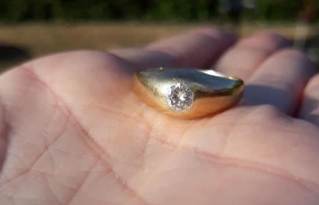 Vrouw vindt trouwring in Maaseik en zoekt eigenaar ervan