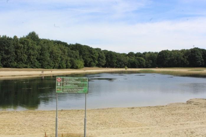 """Nederlanders redden kleuter (4) van verdrinkingsdood in Hengelhoef: """"Redders in de bloemetjes zetten"""""""