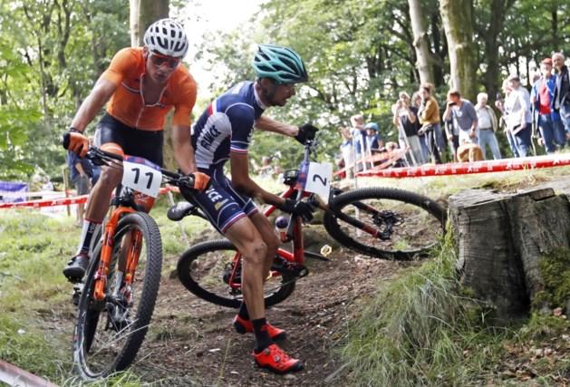 EK mountainbike draait uit op een grote flop voor Van der Poel: Nederlander kent offday en geeft op