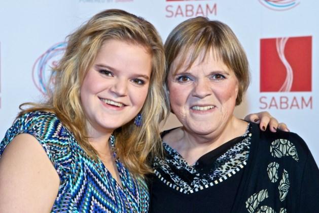 """Margriet Hermans weet eindelijk wat herseninfarct dochter veroorzaakte: """"Ik voel me nog altijd schuldig"""""""