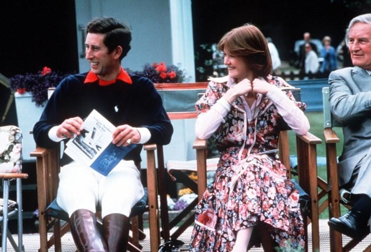 Prins Charles had stiekem een relatie met de zus van prinses Diana