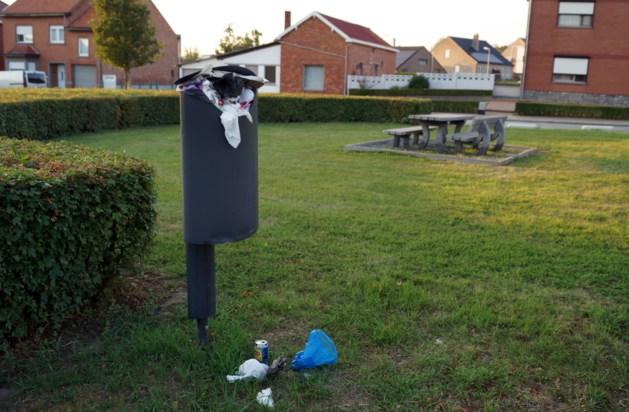 Geen huishoudelijk afval in straatvuilbakken