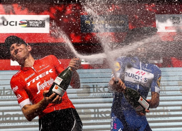 """Bauke Mollema spreekt ploegleiding tegen: """"Ga niet voor klassement in Vuelta"""""""