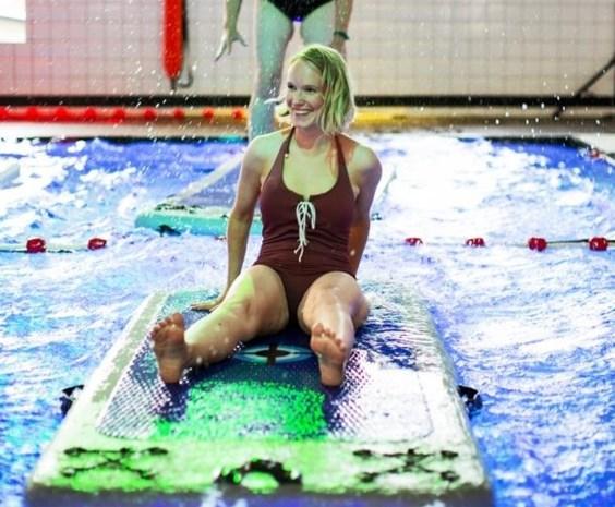 Sjiek test sporttrends: wankelen op het water tijdens aquabalance