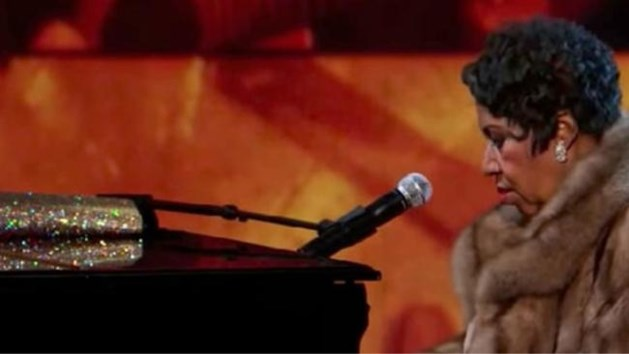 """Waarom Aretha Franklin altijd een handtas bij zich had: """"Anders begon ze zelfs niet te zingen"""""""