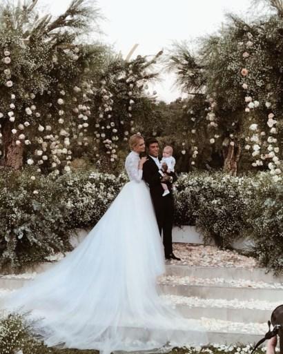 Niet één maar drie Dior-jurken en een Prada: zo trouwde blogster Chiara Ferragni