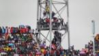 Fans in lichtmasten in Gambia
