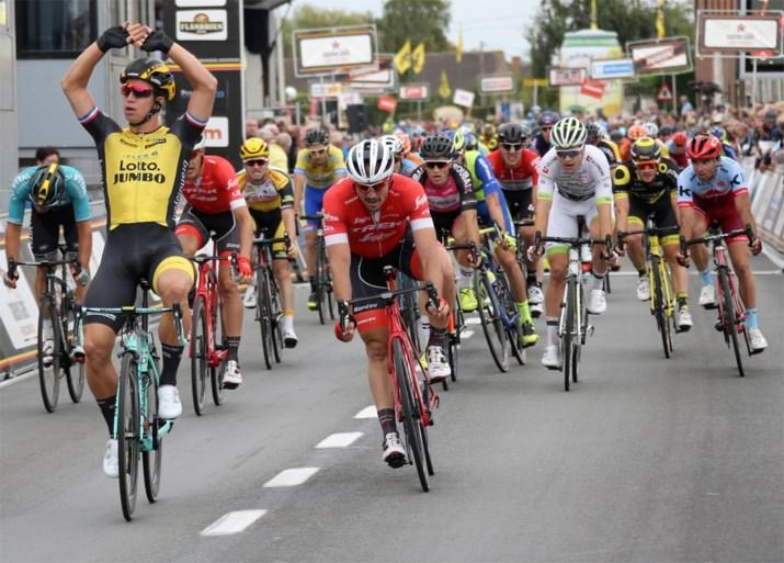 Groenewegen is Degenkolb en Stuyven te snel af: Nederlander wint Kampioenschap van Vlaanderen