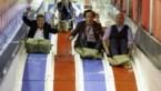 IN BEELD. Schlagersterren beleven dolle pret op kermis in Hasselt