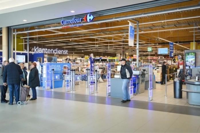 Carrefour in Genkse Shopping 1 ontruimd na gaslek