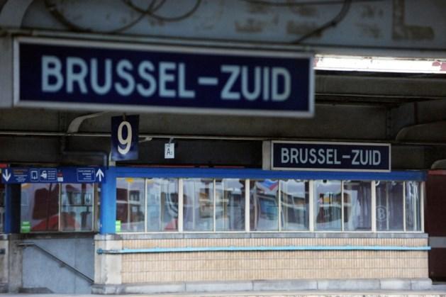 Man met mes door militairen overmeesterd op trein in Brusselse Zuidstation