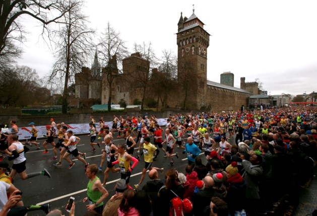 Twee jonge deelnemers halve marathon Cardiff sterven aan finish