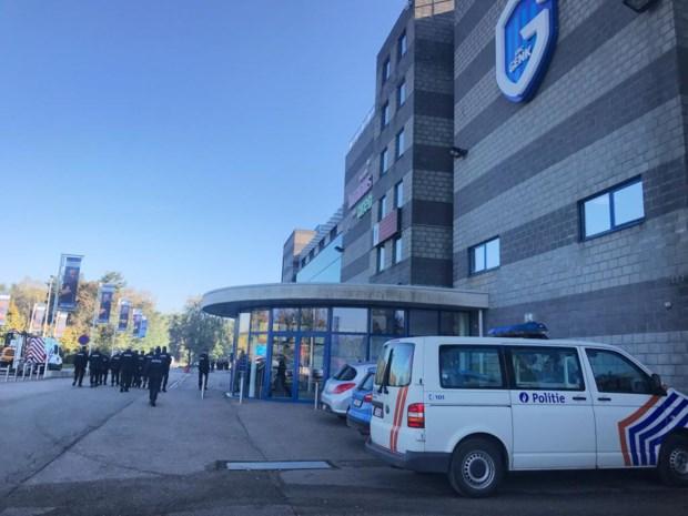 VIDEO. Politie-oefening aan de Luminus Arena in Genk