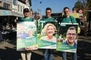 Klacht Groen tegen ontbreken officiële aanplakborden
