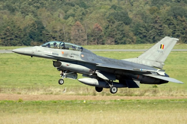 F16-toestel uitgebrand op legerbasis van Florennes: één lichtgewonde