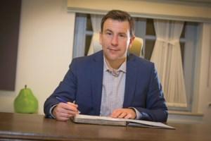 Steven Mathei verstevigt positie in Peer