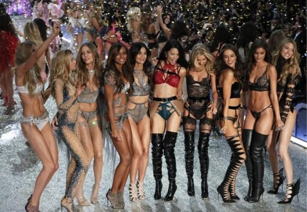 Een beroemde visagiste, comebacks en andere details over de Victoria's Secret-show