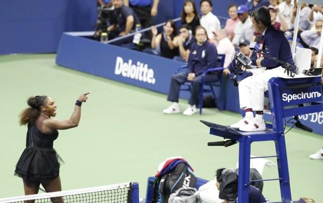 """Coach van Serena Williams klaagt """"hypocriete situatie"""" aan in het tennis na hetze op US Open"""