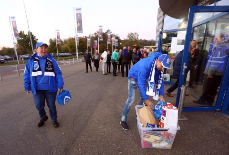VIDEO. KRC Genk-fans zamelen voor 10 ton aan levensmiddelen in voor Sint-Vincentius