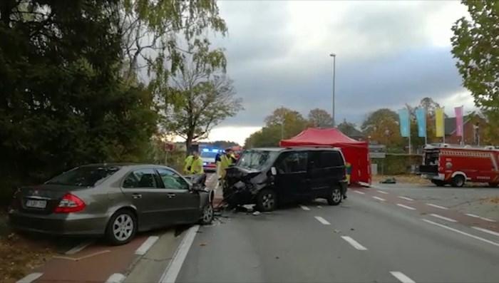 VIDEO. Zwaar verkeersongeval in Overpelt: 3 kinderen en moeder zwaargewond