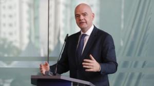 FIFA-voorzitter wil al meer landen op WK voetbal in Qatar (maar weet nog niet hoeveel)