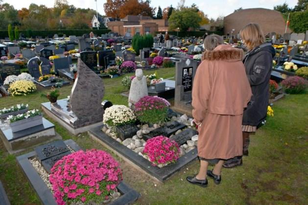 Politie zoekt slachtoffers van bejaarde kerkhofdief in Tessenderlo
