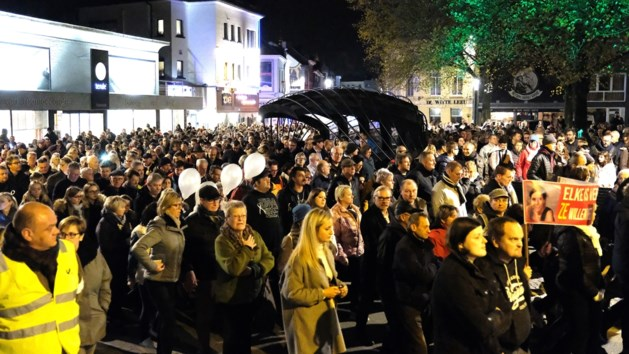 """Mars tegen falende justitie in Aalst trekt 1.400 deelnemers: """"We hebben er genoeg van"""""""