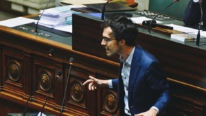 """Oppositie vindt hoorzitting over VN-migratiepact """"vertragingsmanoeuvre"""""""