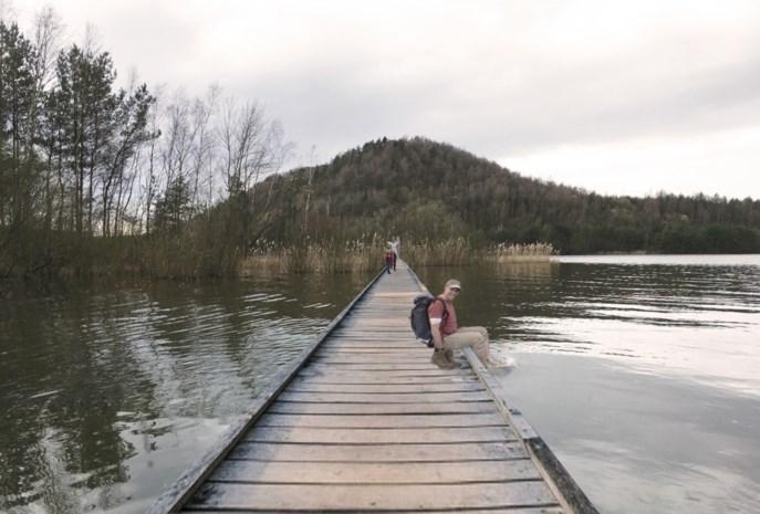 Na 'fietsen door het water', staat licht op groen voor 'wandelen over het water' op meer van Terhills