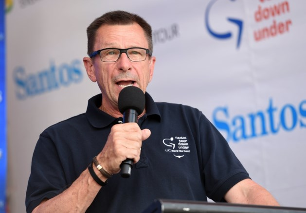 """Wielerwereld rouwt om 'the voice of cycling' Paul Sherwen, Lance Armstrong is """"compleet in shock"""""""