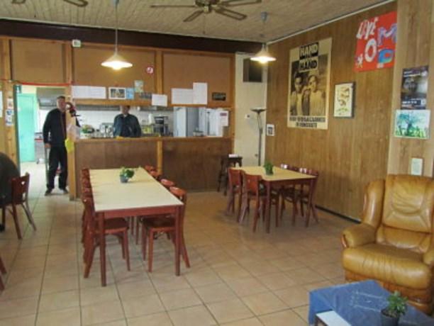 Vrijwilligers Café Anoniem bezorgen daklozen al 25 jaar een warme thuis